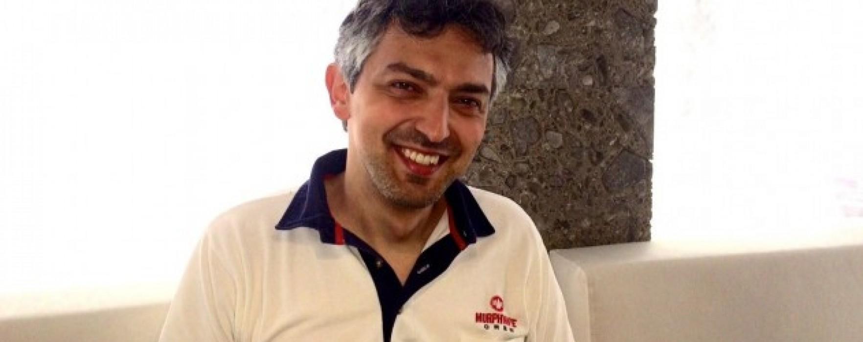 """Enzo Gianmaria Napolillo: """"La lettura mi ha aiutato a trovare la mia voce di scrittore"""""""