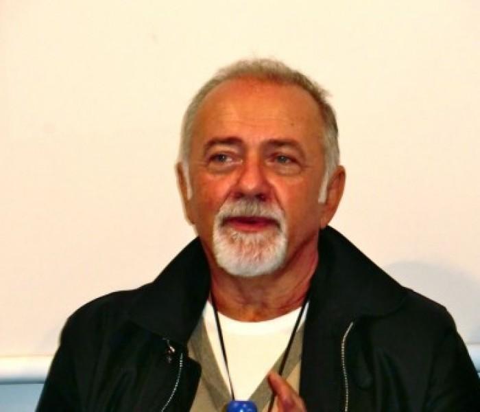 """Intervista a Giorgio Faletti: """"Mi piace vivere senza rete"""""""