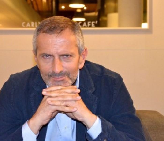 """Gianrico Carofiglio: """"Il segreto del mio successo? Il rispetto per il lettore"""""""