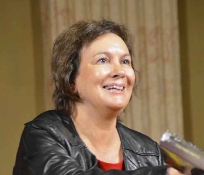 """Clara Sánchez: """"Scrivo per far emergere le emozioni occulte dell'animo umano"""""""